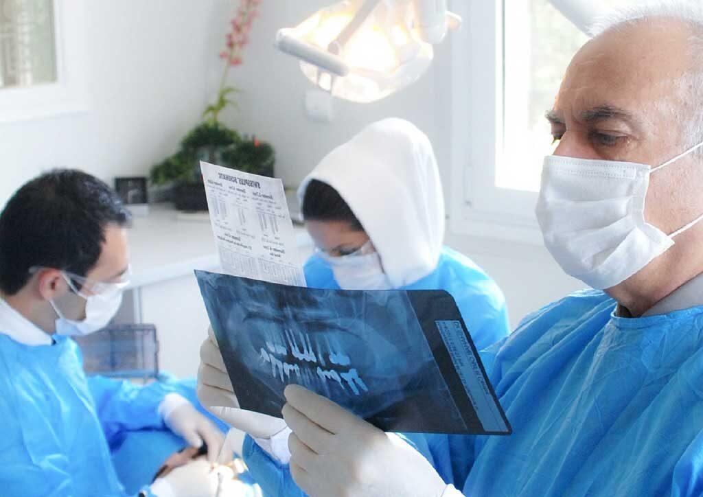 کلینیک دندانپزشکی دکتر صدری منش